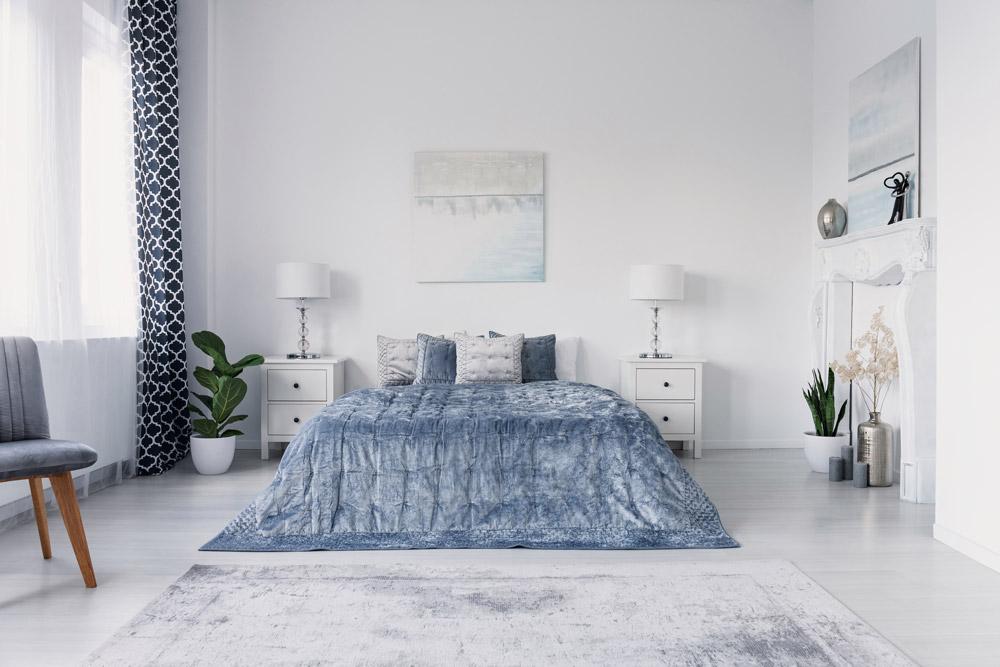 listwy podłogowe, listwy podłogowe w sypialni